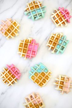 Color Dipped Waffle Recipe Inspired by @methodhome's motto to #FearNoMess #stylebymethod | lovelyindeed.com