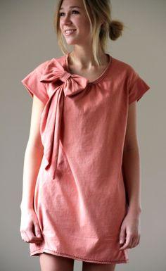 To make your own Anna Sui à la Alabama Chanin negative reverse applique dress