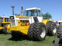 Minneapolis Moline A4T-1600 tractor
