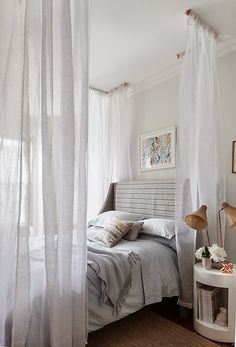 Dreamy canopy bedroom