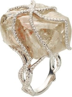 Champagne Diamond Ring @ReinaIndy. Holy cow I love this ( at least I can dream)