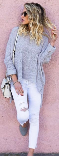 #spring #outfits woman in grey sweater and white pants. Pic by @vicidolls