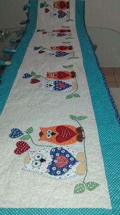 Bandô em patchwork tema Corujinhas. Feito sobre medida. Tecido 100% algodão, estruturado com manta resinada e quiltado.