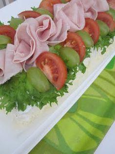 Pata porisee: Voileipäkakku Joko, Sushi, Diy And Crafts, Ethnic Recipes, Sushi Rolls