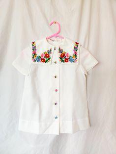Vintage Boutique, Blouse Vintage, Floral Embroidery, Baby Dolls, Shop Now, Vintage Outfits, Women Wear, Tunic Tops, Summer Dresses