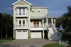 Pretty green exterior - beach house!  I Would LOVE to have this!!  Dreaming Outloud