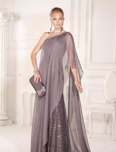 Plus Size Evening Gown, Chiffon Evening Dresses, Formal Evening Dresses, Formal Gowns, Evening Gowns, Evening Party, Mother Of Bride Outfits, Mother Of Groom Dresses, Mothers Dresses