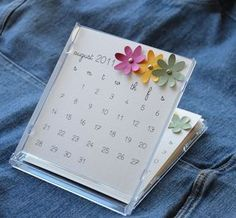[CD case calendar] I like the way this calendar sheet is printed