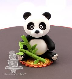 Panda for the It's a Small World collaboration - Cake by Violet - The Violet Cake Shop - CakesDecor Panda Cupcakes, Cake Topper Tutorial, Fondant Tutorial, Bolo Panda, Panda Bear Cake, Panda Birthday Cake, Violet Cakes, Panda Party, Fondant Animals