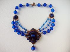 Blue sapphire vintage style jewelry necklace by mdmButiik