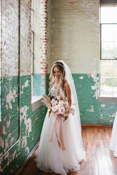 Pampas Grass and Blush Accents - An Industrial Chic Wedding at The Engine Room - Engaged Life Loft Wedding, Bali Wedding, Wedding Bride, Chic Wedding Dresses, Boho Wedding Dress, Bridesmaid Flowers, Bridesmaid Dresses, Pampas Grass, Boho Bride