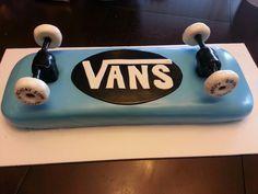 Skateboard cake More