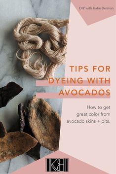 Katie Berman's top 5 tips for dyeing with avocado skins and pits! Rit Dye Colors Chart, Yarn Colors, Natural Dye Fabric, Natural Dyeing, Diy Tie Dye Shirts, Dyed Tips, Tie Dye Techniques, How To Dye Fabric, Dyeing Fabric