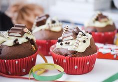 CHILD CHOCOLATE muffins, cake & more for children& birthday - Ferrero kids chocolate kids chocolate muffins recipe kids bar cake instructions decoration birthday - Muffin Recipes, Cake Recipes, Dessert Recipes, Chocolate Muffins, Chocolate Desserts, Healthy Food Instagram, Mousse, Dessert Boxes, Pastel