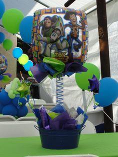 buzz lightyear centerpiece birthday id e anniversaire rh pinterest fr