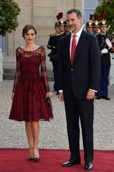 Queen Letizia of Spain Photos - King Felipe of Spain and Queen Letizia of Spain on Official Visit in France : Day 1 - Zimbio