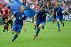 Turchia-Croazia 0-1: la splendente luce di Modric - http://www.maidirecalcio.com/2016/06/12/turchia-croazia-0-1-tabellino-pagelle.html
