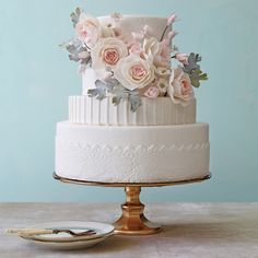 Featured photo: Philip Ficks; To see more stunning wedding cake inspiration: http://www.modwedding.com/2014/11/05/get-inspired-amazing-wedding-cake-inspiration/ #wedding #wedding_cake #weddings