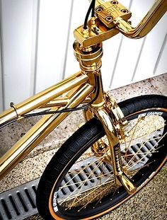 A creative community for the BMX world. Promoting photography, design, and art, while never forgetting our BMX roots. Golden Bike, Pimp Your Bike, Velo Design, Bicycle Design, Paint Bike, Velo Vintage, Vintage Bicycles, Gold Everything, Roller Disco