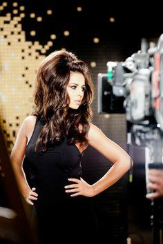 Monday Hair Porn: Cheryl Cole's Extra-Full Mane