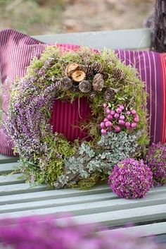 beautiful wreath, looks like moss and maybe dried flowers? Deco Floral, Arte Floral, Floral Design, Wreaths And Garlands, Door Wreaths, Corona Floral, Lavender Wreath, Purple Wreath, Bouquet