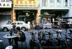 vintage everyday: 28 Interesting Photographs Capture Street Scenes of Penang, Malaysia in the early 1980s