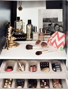 closet organization lonny