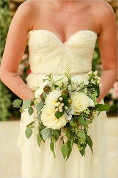 Sarah Seven Wedding Dress http://www.weddingchicks.com/2013/11/21/mint-and-gold-wedding/