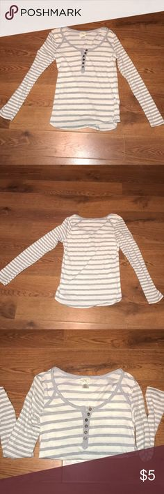 Striped long sleeve. Good conditions no holes,rips or stains. Size large. Tops Tees - Long Sleeve