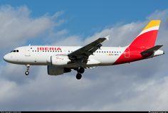 Iberia Airbus A319-111 (registered EC-MFO)