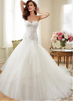 Romantic Tulle Sweetheart Neckline Asymmetrical Waistline Ball Gown Wedding Dress With Beaded Lace Appliques