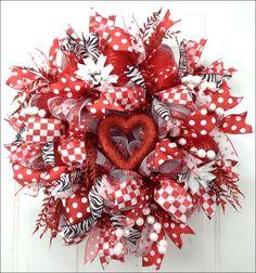 valentine wreaths | valentine wreath.... | Holiday