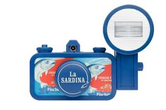 La Sardina Camera & Flash – Fischers Fritze - La Sardina Cameras - Cameras - Lomography Shop
