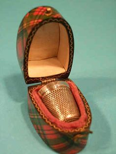 Tartanware thimble case. Prince Charlie tartan.