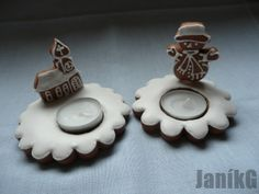 Gingerbread Christmas classic-small candlesticks