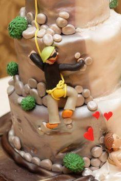 Rock climbing cake....I know some people this would be perfect for!