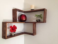 That is why we decided to introduce to today these DIY pallet decorative shelf ideas so that you can bring a touch of gorgeousness to your…