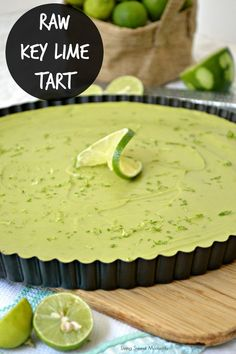 Raw Key Lime Tart: this gluten free paleo friend tart is made with avocado. Delicious, easy to make and healthy dessert to serve on any occasion. No refined sugar added