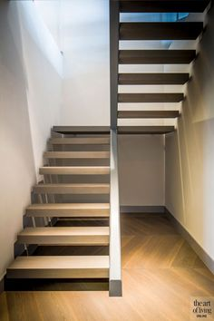 Luxurious penthouse Linda Lagrand Modern Staircase Lagrand linda Luxurious penthouse … – Famous Last Words Modern Staircase Railing, Staircase Interior Design, Rustic Staircase, Interior Architecture, Spiral Staircases, Open Stairs, Floating Stairs, House Outside Design, House Design