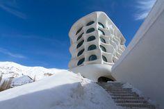 ryra-studio-barin-ski-resort-iran-designboom-02