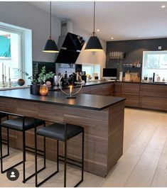 34 Modern and Classic Wooden Kitchen Design Ideas Picture No kitchen design Kitchen Room Design, Home Decor Kitchen, Kitchen Interior, Home Interior Design, Home Kitchens, Interior Decorating, Interior Architecture, Condo Kitchen, Interior Designing