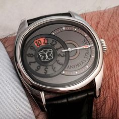 The latest timepiece from Andreas Strehler, on the wrist is the Time Shadow!