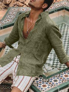 Mens Linen Outfits, Mens Boho Clothing, Mens Linen Shirts, Summer Outfits Men, Men's Summer Clothes, Mode Man, Stylish Men, Casual Shirts, Boho Style Men
