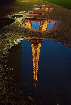 #Paris sous la pluie, Tour #Eiffel