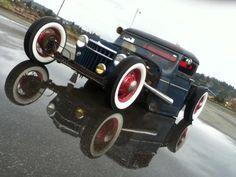 Rat Rod Willys pickup.