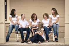 Flickr: Discussing Large Group Family Portrait: Posing Ideas /Post your favorite in Natural Light Child Photography