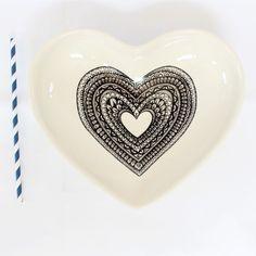Handmade Clutch, Black Heart, Wedding Table, Serving Bowls, Heart Shapes, Sweet Treats, Appetizers, Artisan, Dish