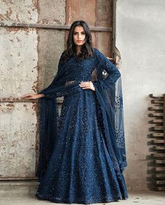 Top 15 Designer Bridal Lehenga for Wedding - Fashion Girls Indian Lehenga, Lehenga Indien, Designer Bridal Lehenga, Bridal Lehenga Choli, Lehenga Wedding, Indian Gowns Dresses, Indian Fashion Dresses, Indian Designer Outfits, Indian Outfits