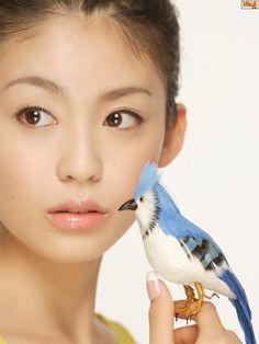 本仮屋ユイカ Pretty Beautiful Girl, Beautiful People, Woman Face, Asian Beauty, Septum Ring, Actresses, My Style, Photoshoot, Japanese
