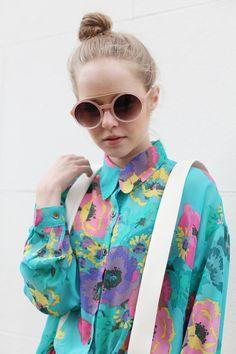 Hello floral shirt and massive sunglasses x